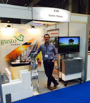 Excellent Show Gusto stand