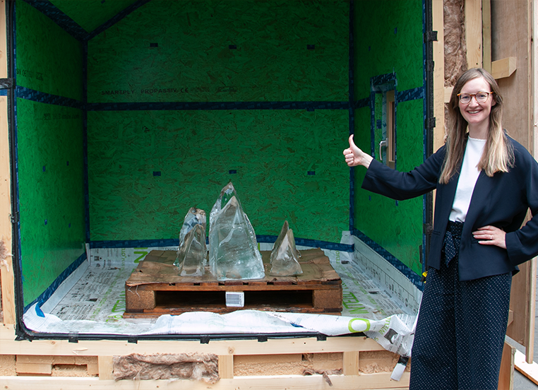 PHT research & policy director, Sarah Lewis: Thumbs up at the Passivhaus box