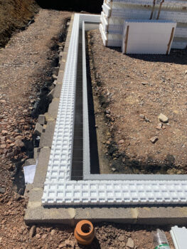 BecoWallform ICF with outer blockwork skin